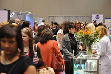 Aisles were crowded during the expo, with curious spa professionals checking out the latest industry offerings and making important purchases for their spas.