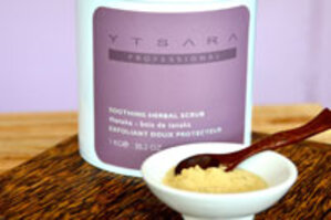 Beauty Secrets Ytsara Tanaka Soothing Herbal Scrub