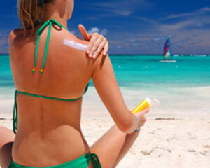 Scientists Report Sunscreen Ingredients Toxic to Ocean Inhabitants