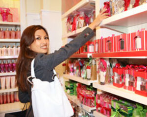 10 Holiday 2014 Shopping Trends