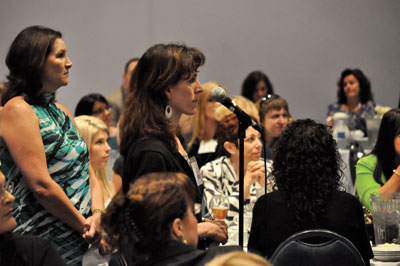 Attendees stepped up to the microphone to ask questions about state licensing during Saturday's Networking Lunch.