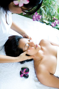 manual lymphatic drainage on a skin care client