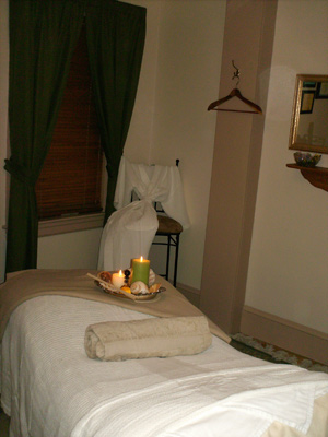 treatment room at Colonial House Day Spa