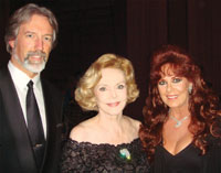 Greg and Linda Beck, founder of Make My Day Beautiful!, with Barbara Sinatra (center) at the event.
