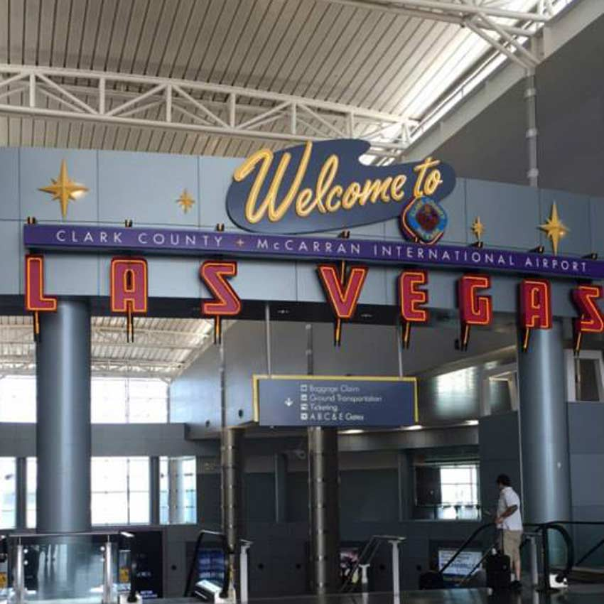 Las Vegas sign at the airport