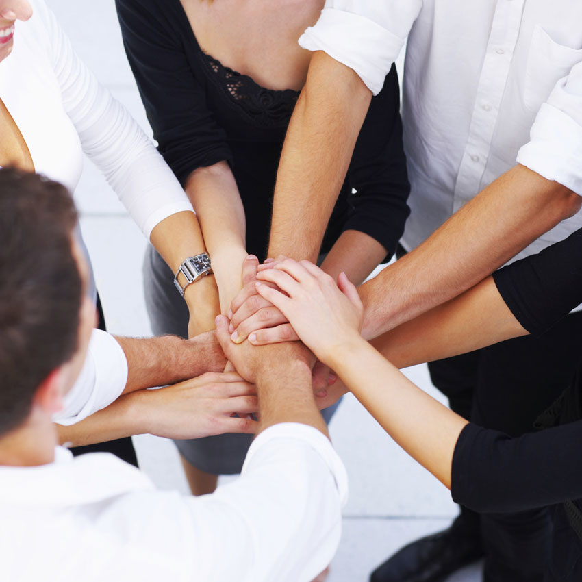 14 Ways to Build a Positive Rapport With Everyone on the Team