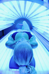 Illinois Bans Indoor Tanning for Minors Under 18
